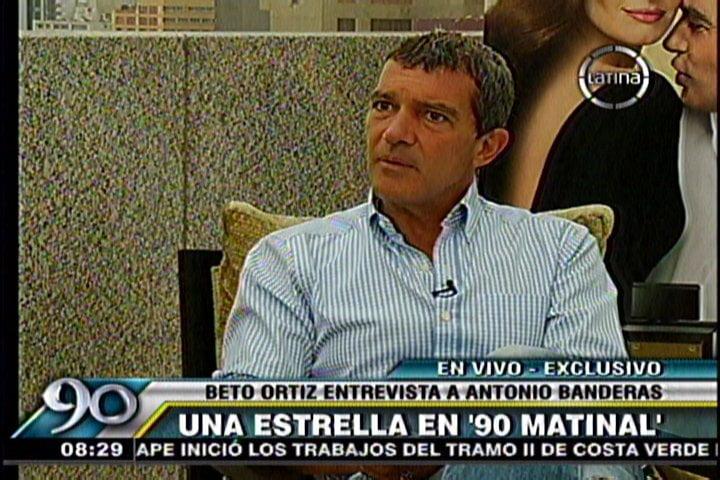Foto Frecuencia Latina / Antonio Banderas entrevistado por el periodista Beto Ortiz