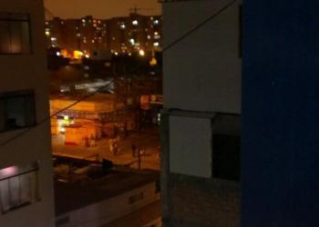Foto Twitter / Barristas de la U, San Martín y Sport Boys provocan destrozos en San Miguel
