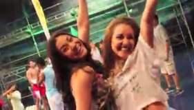 """[VIDEO] Combate: Participantes bailan """"Happy"""" y despiden temporada"""