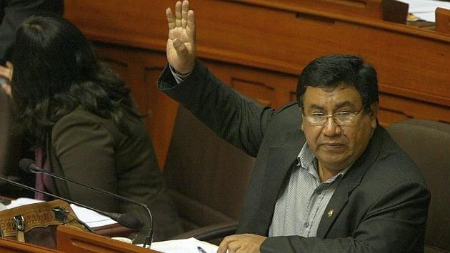 Foto Perú 21 / Pleno del Congreso suspende a legislador Alejandro Yovera por 120 días