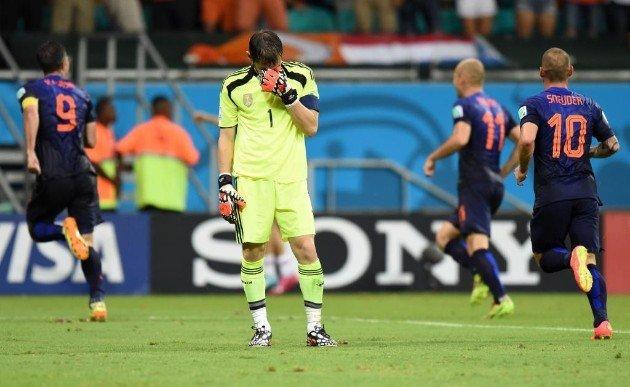 Holanda humilló a España en el inicio del mundial para ambas selecciones.