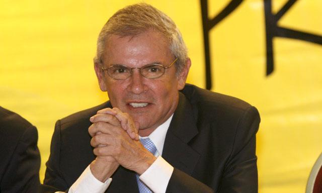 "Luis Castañeda dice que denuncia sobre Comunicore es ""guerra sucia"""