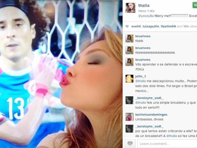 Thalía le pide 'matrimonio' al arquero Ochoa tras partidazo ante Brasil