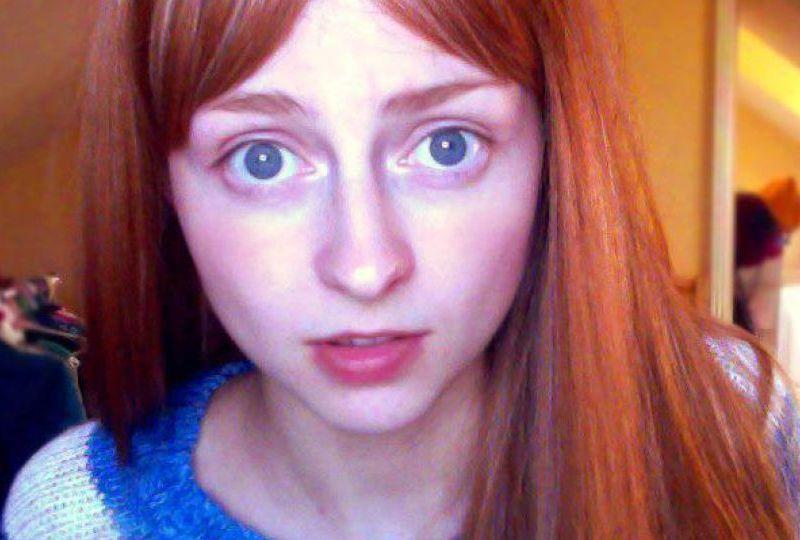 [VIDEO] Bella joven usa Youtube para dejar de arrancarse el cabello