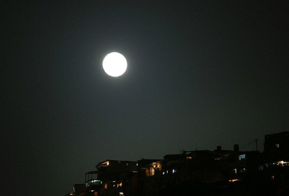 [FOTOS Twitter, Facebook, TN, etc] La superluna o Súper Luna: Así se vio en todo el mundo