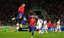 Chile fue muy superior a un Perú que no tiene hasta ahora una idea firme de juego.