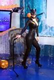 """[VIDEO] Karen Schwarz se disfraza de sexy Gatubela"""" en Halloween"""