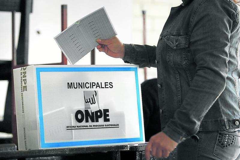 Día de elecciones: 21 millones eligen a 12,692 autoridades regionales y municipales