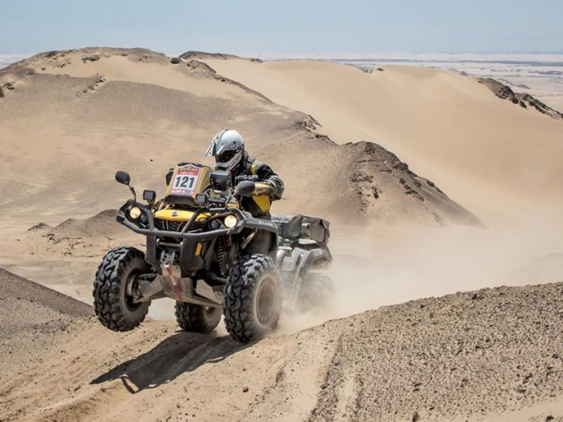 José Salaverry realizó una buena primera etapa en el Dakar 2015.