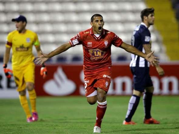 Huracán de goles en un Matute vació colocan al borde la eliminación a un Alianza Lima que no jugó a nada.