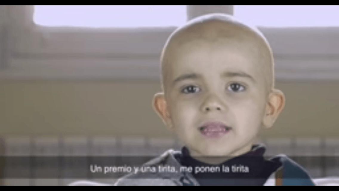 [VIDEO] Niño con leucemia explica importancia de donar una médula