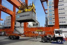 Las exportaciones peruanas hacia territorio ecuatoriano se verían perjudicadas por la nueva sobretasa impuesta por el gobierno del país norteño.