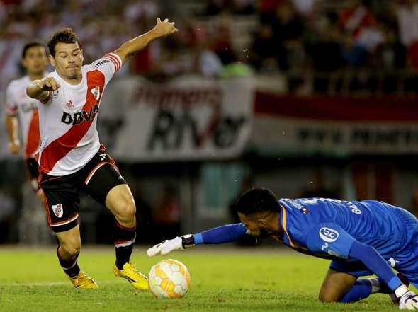 Gallese fue monumental en Núñez frente a River Plate.