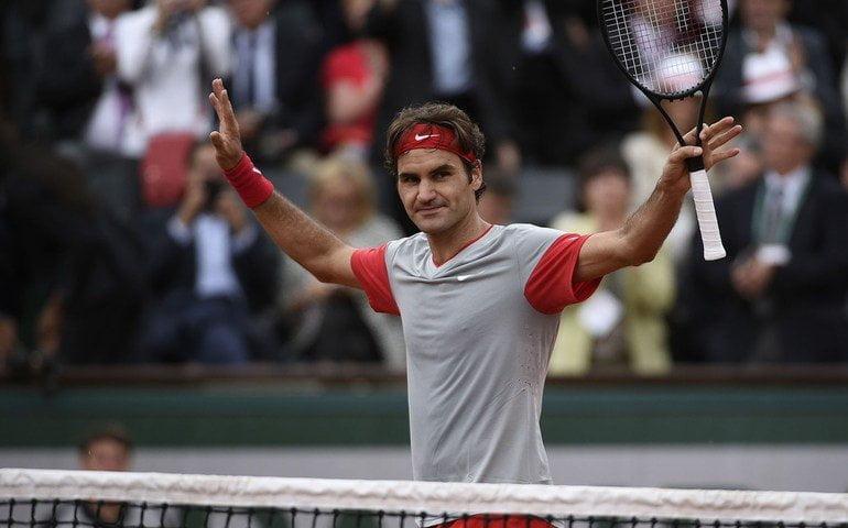 Federer resolvió su primer encuentro del Roland Garros 2015 sin problemas.