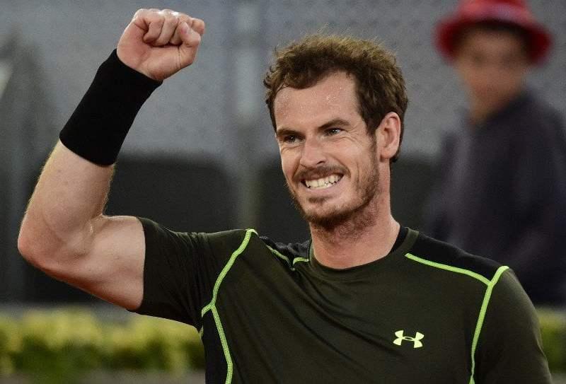 Murray pasó un difícil examen ante Raonic en Madrid.