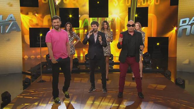 Pablito Ruiz reaparece y cantó con La Mosca ¡Oh mamá!