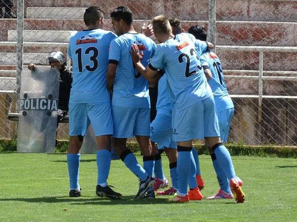 Real Garcilaso se mantiene en racha victoriosa.