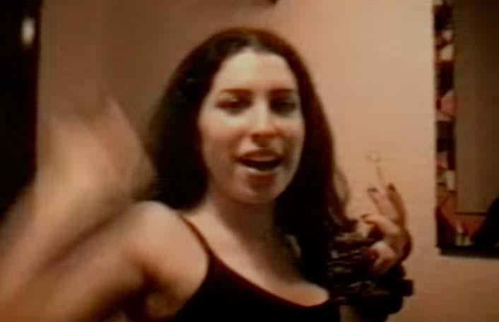 Amy Winehouse: Así cantaba a sus 14 años según video inédito [VIDEO]