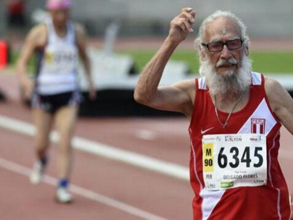 Hugo Antonio Delgado hizo historia y puso el nombre del Perú en alto tras lograr una medalla de oro en el Mundial de Atletismo Master.