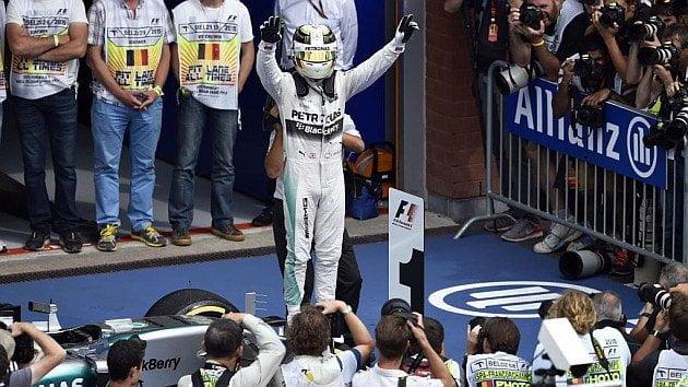 Hamilton amplió su ventaja como líder de la F1.
