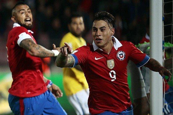 Chile festejó en su campo y ahora visitará a Perú.