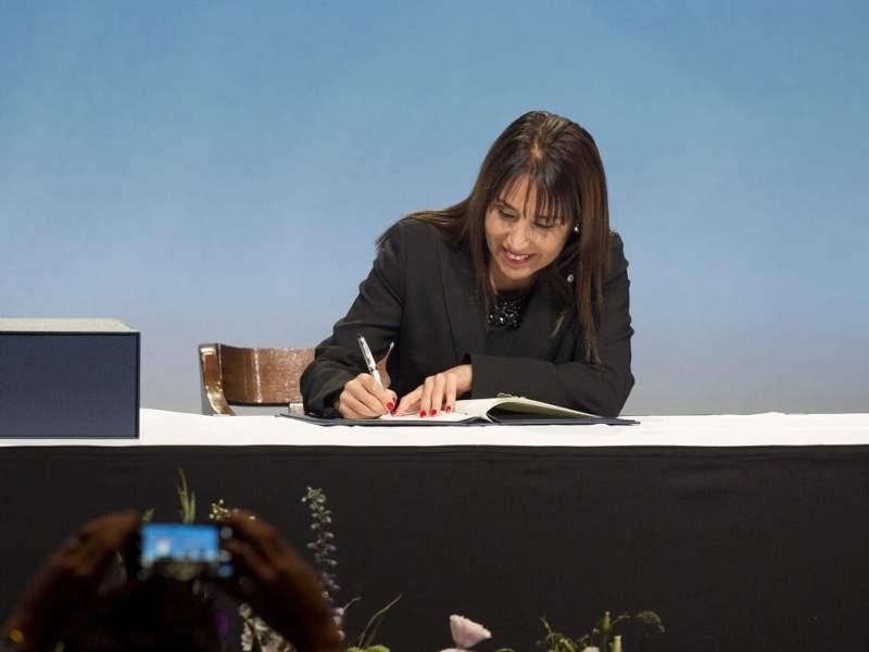 La ministra Silva firmó el Acuerdo TPP en representación del Perú.