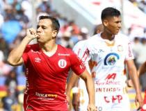 """Guastavino anotó tres goles en la victoria de la """"U""""."""