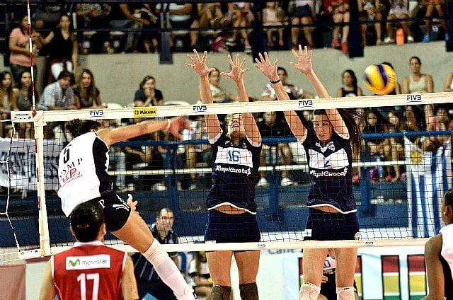 La U. San Martin sufrió para derrotar a Gimnasia y Esgrima por semifinales del Sudamericano de Clubes.
