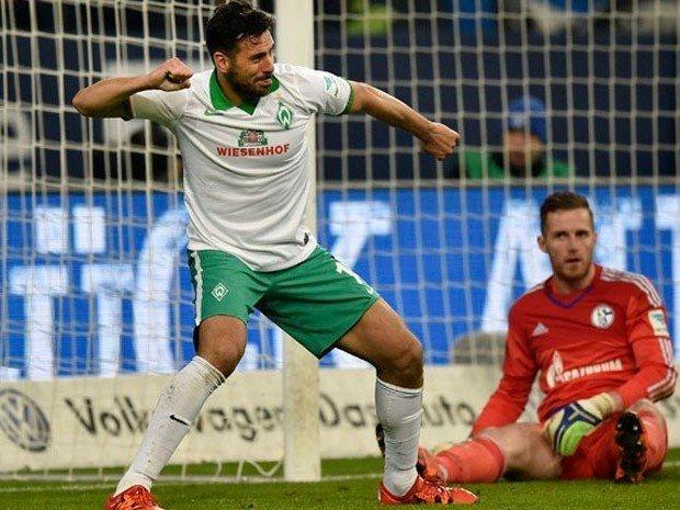 Claudio Pizarro sigue haciendo historia en el futbol alemán.
