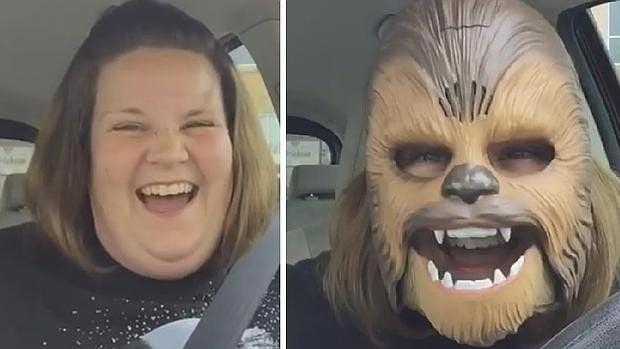 Facebook Live: mujer con máscara de Chewbacca es lo más visto