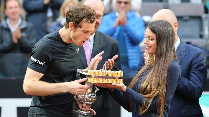 Murray cantó el feliz cumpleaños en Roma como campeón.