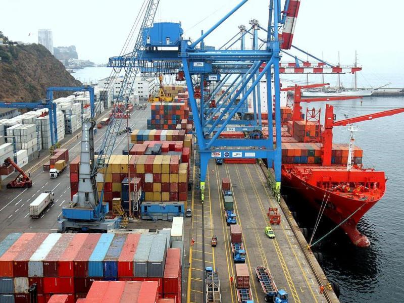 Las exportaciones peruanas durante los primeros cuatro meses del año terminaron en déficit.