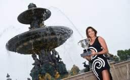 La bella tenista Garbiñe Muguruza escaló a la segunda posición tras consagrarse en Roland Garros.