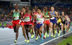 Ostos compitió en sus primeros Juegos Olímpicos.