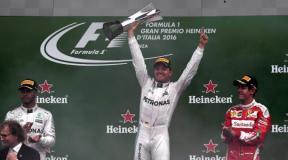 Rosberg se subió a lo más alto del podio en Italia,