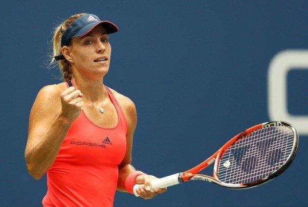 Kerber superó a la finalista del año pasado para avanzar a semifinales del US Open.