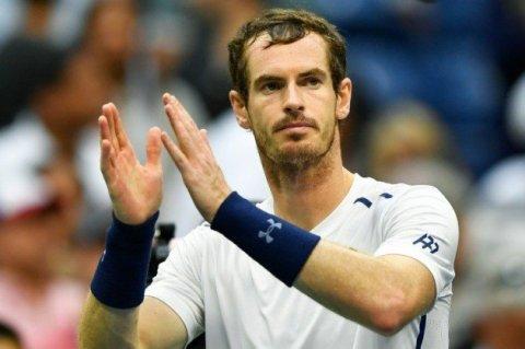 Con gran jerarquía, autoridad y calidad, Murray se instaló en cuartos.