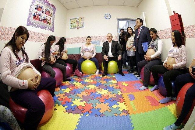 El presidente Kuczynski supervisó además las instalaciones del centro materno infantil.