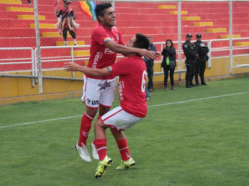 Cienciano alcanzó la punta en solitario de la Segunda División.