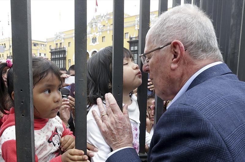 """PPK: """"Es fundamental parar la violencia en el Perú"""""""