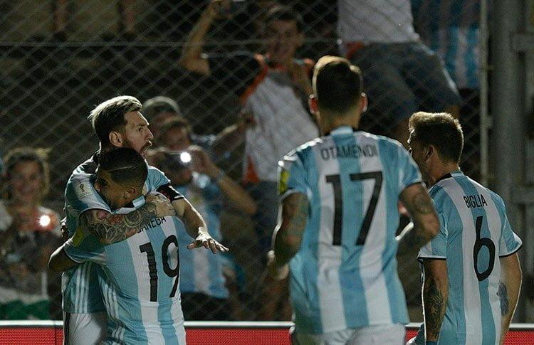 Argentina fue superior a Colombia con gran actuación de Messi.