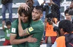 Los bolivianos vencieron a Paraguay en casa gracias a un autogol de Gómez.