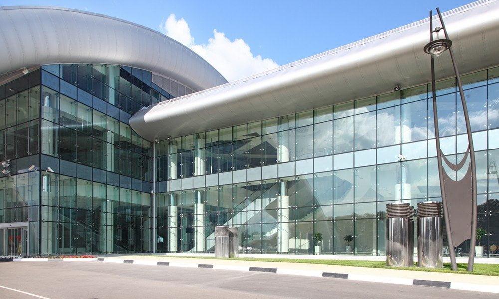 El vidrio peruano revestirá nuevo edificio público en Bolivia,