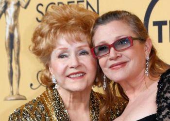 Carrie Fisher y su madre Debbie Reynolds (Foto BBC)