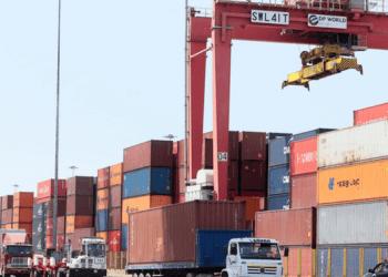 Exportaciones peruanas cerrarían el presente año con un leve crecimiento.