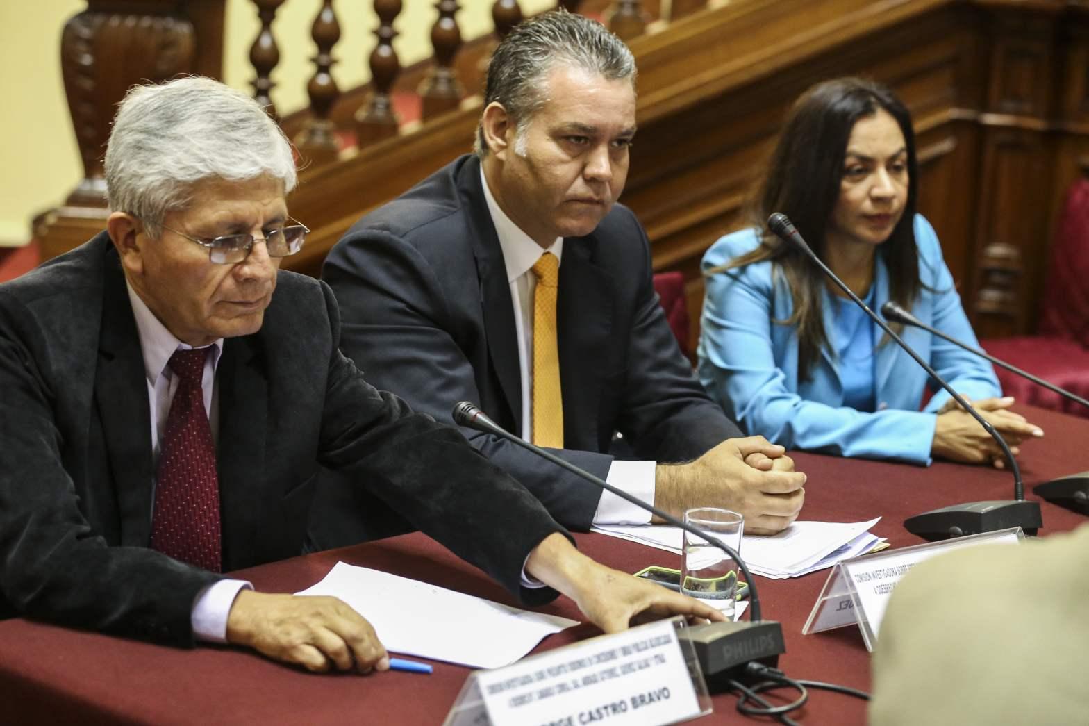 Víctor Albrecht del fujimorismo presidirá comisión Lava Jato