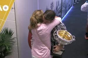 Roger Federer venció a Rafael Nadal y gana Abierto de Australia [VIDEO]