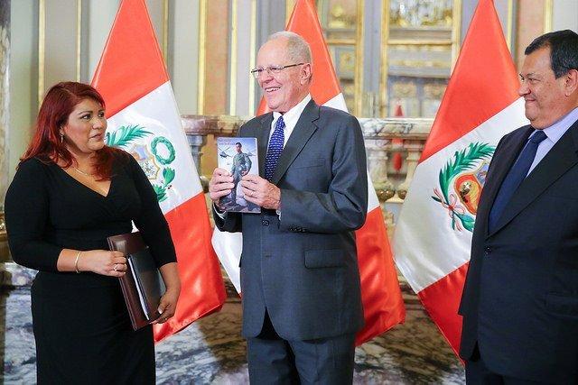 Presidente Kuczynski reconoció como héroe nacional al Mayor EP Luis Alberto García Rojas