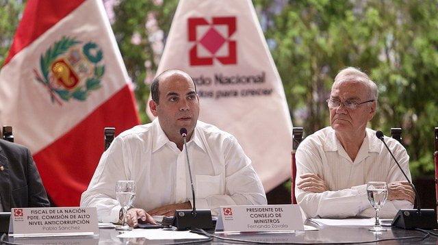 """Fernando Zavala: """"Para el bicentenario debemos tener un país que no sufra nunca más lo que han sufrido nuestros ciudadanos en estos días"""""""