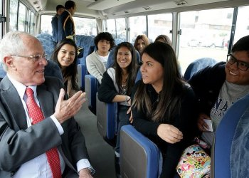 Presidente, Kuczynski, Política, universidad, Huamanga, educación